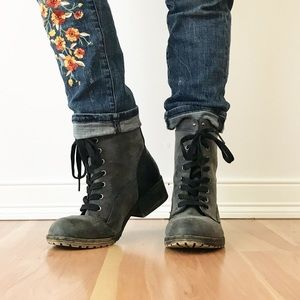 ⭐️NEW ARRIVAL Madden Girl Gray Blue Combat Boots